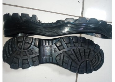 Makloon Outsole Sepatu Merek Sendiri